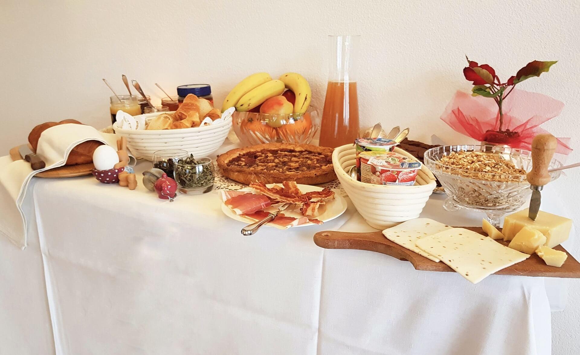 Dolceresio Lugano Lake B&B, Brusino Arsizio - Home - Buffet colazione