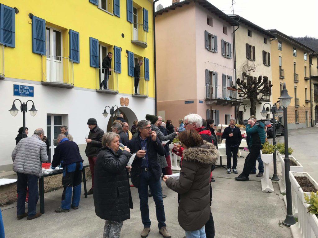 Dolceresio Lugano Lake B&B, Brusino Arsizio - New opening 29.02.2020 - Gente in piazza